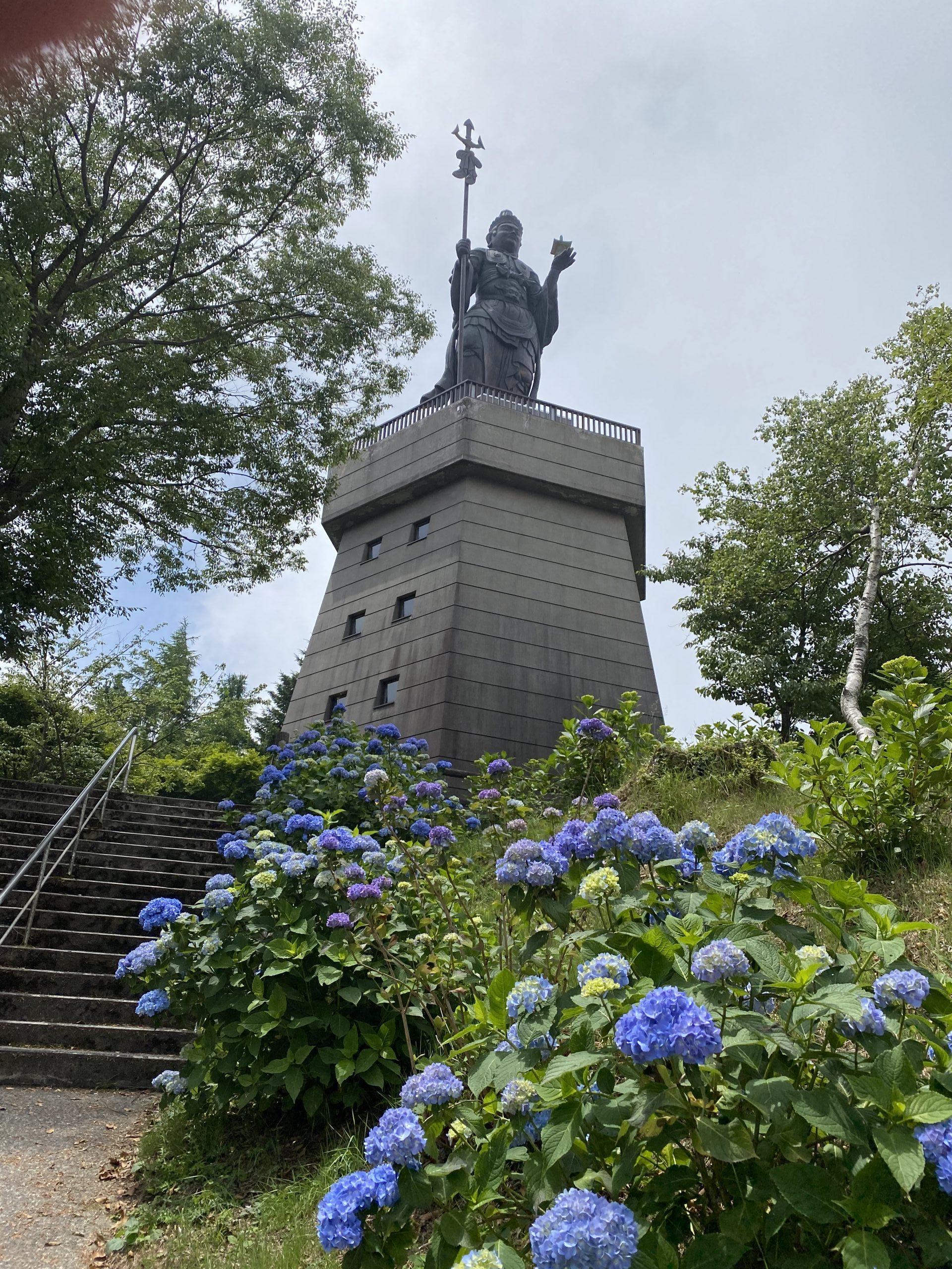 辺 ロープウェイ 雲 寺山